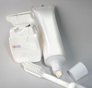 Hampaiden mekaaninen puhdistus. Kuva: Ronaldo Taveira